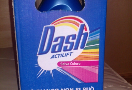 Anunt Imagine - Detergent lichid Dash Italia