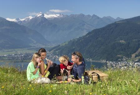 Sfaturi de vacanta: Zell am See-Kaprun, regiunea din inima Alpilor - pe placul romanilor (GALERIE FOTO)