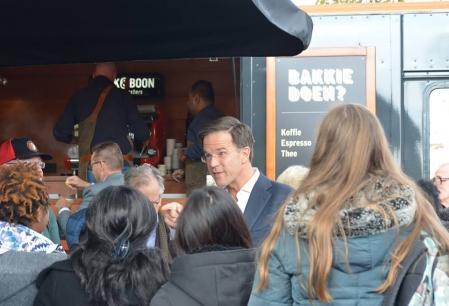 Partidul premierului Rutte a castigat alegerile din Olanda