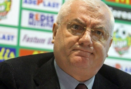 Mitica Dragomir si Mircea Sandu, achitati in dosarul dezafilierii Universitatii Craiova