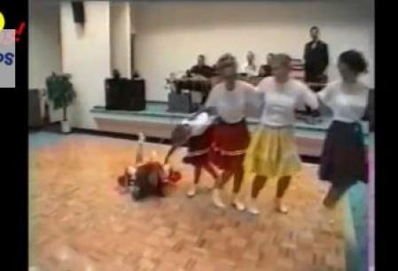 Dansuri care nu sfarsesc tocmai bine