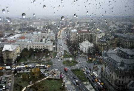 Informare meteo: ploi importante cantitativ si o racire accentuata a vremii pana duminica dupa-amiaza