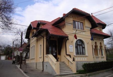 """Din seria ce avem si nu pretuim"" VI: Muzeul ""Mihai Codreanu"" sau ""Vila Sonet"""